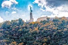 布达佩斯自由雕象 图库摄影