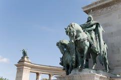 布达佩斯英雄匈牙利国王正方形 免版税图库摄影