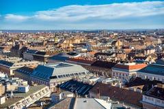 布达佩斯都市风景高峰视图  布达佩斯,匈牙利 库存照片
