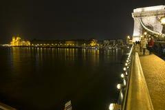 布达佩斯铁锁式桥梁 图库摄影