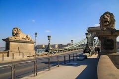 布达佩斯,匈牙利,2018年3月22日:布达佩斯,匈牙利最美丽的桥梁的塞切尼链桥梁一  图库摄影