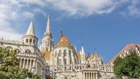 布达佩斯,匈牙利, - 2015年7月21日:有马赛厄斯教会的城堡区 免版税库存照片