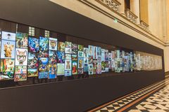 布达佩斯,匈牙利- 2019年4月03日:与绘画画廊的交互式盘区布达佩斯美术美术馆 免版税库存照片