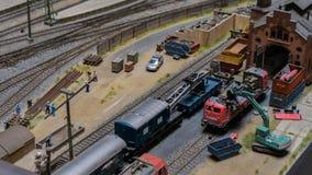 布达佩斯,匈牙利- 2018年6月01日:Miniversum博物馆博览会-铁路坟园微型式样玩具 免版税库存照片