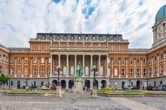 布达佩斯,匈牙利03日2016年:布达佩斯皇家城堡- Courtyar 免版税库存照片