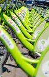 布达佩斯,匈牙利- 2014年6月01日:叫的新的布达佩斯自行车聘用 免版税库存图片