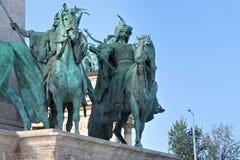 布达佩斯,匈牙利- 2012年8月08日:在英雄`正方形的千年纪念碑 免版税库存图片