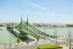 布达佩斯,匈牙利- 2016年6月15日:联络Buda和虫横跨Dunabe河的自由或自由桥梁在布达佩斯,匈牙利- J 图库摄影