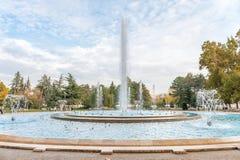 布达佩斯,匈牙利- 2015年10月29日:音乐喷泉在玛格丽特海岛,布达佩斯,匈牙利 免版税库存图片