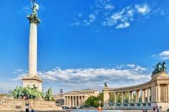 布达佩斯, HUNGARY-MAY 05日2016年:英雄的正方形是一个少校 免版税库存照片