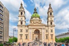 布达佩斯, HUNGARY-MAY 02日2016年:StStephen大教堂在布达佩斯a 库存照片
