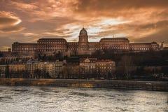 布达佩斯-布达城堡发光 图库摄影