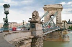 布达佩斯-铁锁式桥梁 库存照片