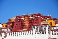 布达拉宫在拉萨,西藏  库存照片