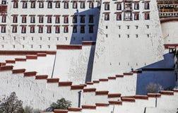 布达拉宫在拉萨,西藏 免版税图库摄影