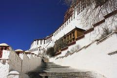 布达拉宫细节在西藏 库存图片