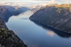 布道台或Prekestolen或者传教者` s讲坛或讲坛岩石,在Forsand, Ryfylke,挪威 库存图片