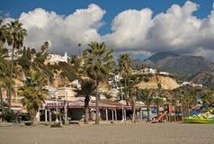 布里亚纳海滩玩具和山 免版税库存图片