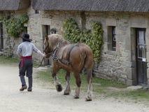 布里坦尼法国典型的村庄  免版税库存图片