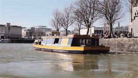 布里斯托尔轮渡在船坞 免版税库存照片