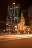 布里斯班,澳大利亚- 2014年10月25日, :在G20会议的布里斯班市上色城市,视觉轻的显示 免版税库存照片