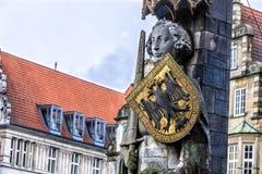 布里曼罗兰特雕象在集市广场 库存图片