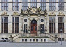 布里曼,德国- 2017年11月7日, -商会的富有地被装饰的入口门户 图库摄影