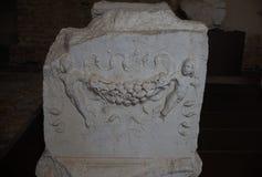 布雷西亚,意大利, 2017年8月11日,老雕塑在博物馆  图库摄影