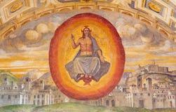 布雷西亚,意大利, 2016年:基督在镇壁画的Pantokrator在教会基耶萨di由Romanino学校的圣朱塞佩里 免版税库存照片