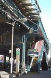 布鲁克林举起了地铁 免版税库存图片
