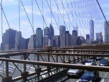 布鲁克林大桥交通 库存照片