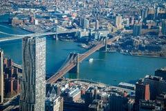 布鲁克林大桥和曼哈顿桥梁-纽约,美国鸟瞰图  免版税库存照片
