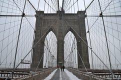 布鲁克林大桥在冬天, NYC 库存照片