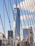 从布鲁克林大桥的世界贸易中心 免版税库存照片
