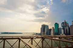 从布鲁克林大桥的纽约 图库摄影