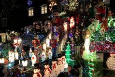 布鲁克林,纽约- 2017年12月20日- Dyker高度圣诞灯在假日装饰为 图库摄影