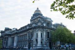 布鲁塞尔正义宫殿、北部和东部前面 图库摄影