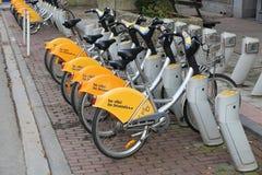 布鲁塞尔自行车分享 免版税库存图片