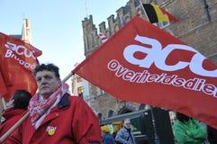 布鲁塞尔,比利时,反对维护秩序的警察的欧洲政策的示范在市中心 2013年12月 库存照片