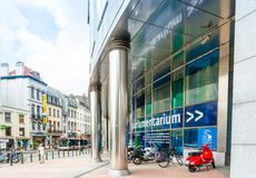 布鲁塞尔,比利时- 2016年6月16日:大厦的外部  图库摄影