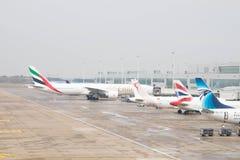 布鲁塞尔/比利时09 08 18 :布鲁塞尔机场比利时飞机pist着陆带 免版税库存图片