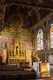 布鲁日,比利时- 2015年5月11日:圣洁血液的大教堂内部在布鲁日,比利时 免版税库存照片