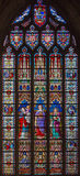 布鲁日,比利时- 2014年6月12日:在寺庙的介绍作为在窗玻璃的中央场面在st Jacobs教会里 库存照片