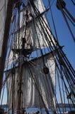 帆柱、风帆和索具 免版税图库摄影