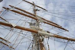 帆柱和索具在帆船 免版税库存照片