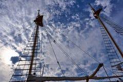 帆柱帆船 库存图片