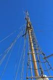 帆柱从下面 免版税图库摄影