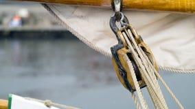帆柱滑轮 免版税库存照片