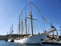 帆船'NTM Creoula'在旁边 图库摄影