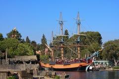 帆船哥伦比亚在迪斯尼乐园 免版税库存照片
